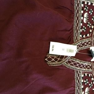 Old Navy Tops - ☀️ NWT Old Navy XS Peasant Blouse Maroon